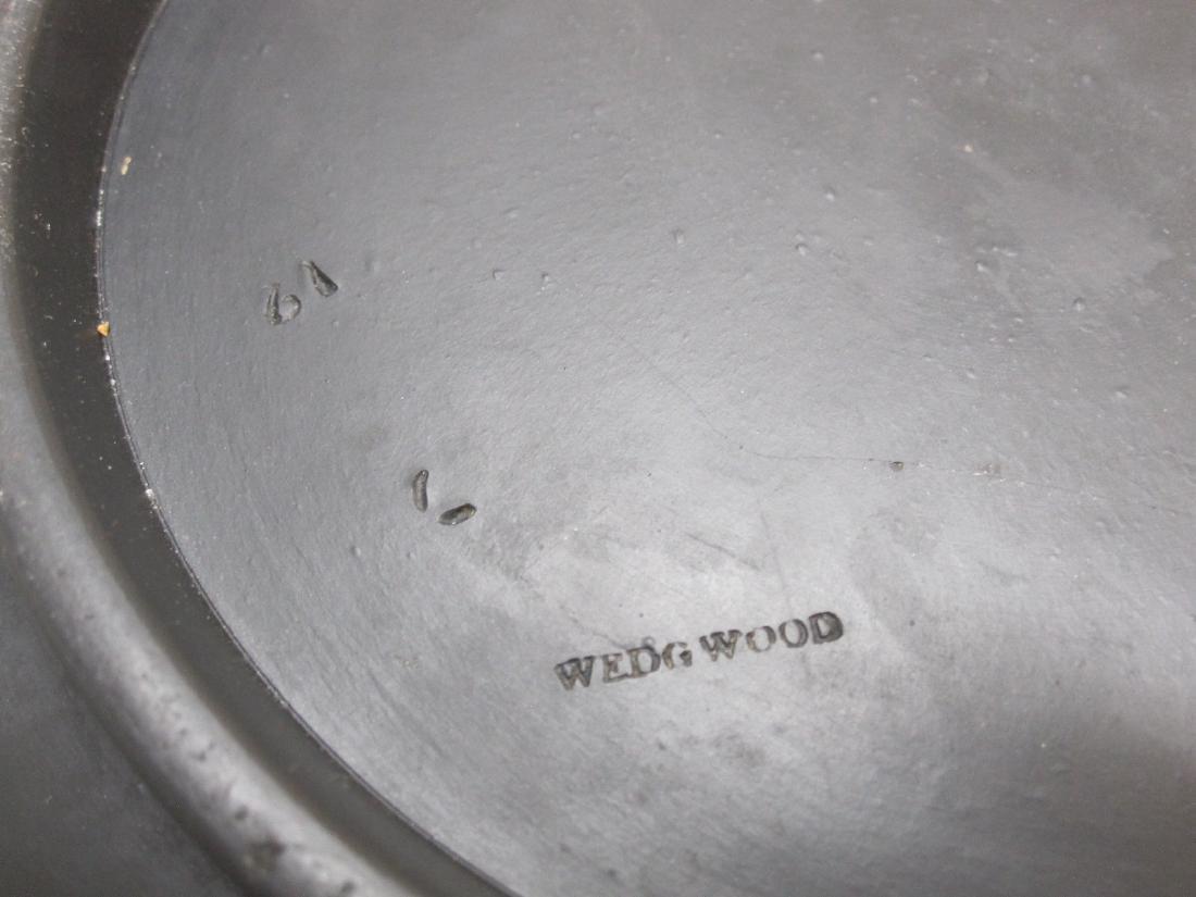 BLACK WEDGWOOD BASALT CENTER BOWL - 4