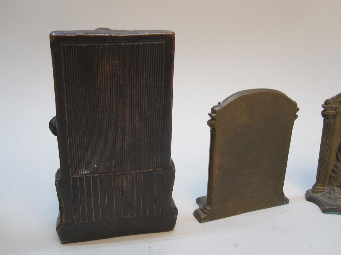 PAIR OF THE BUILDER BOOKENDS - 5