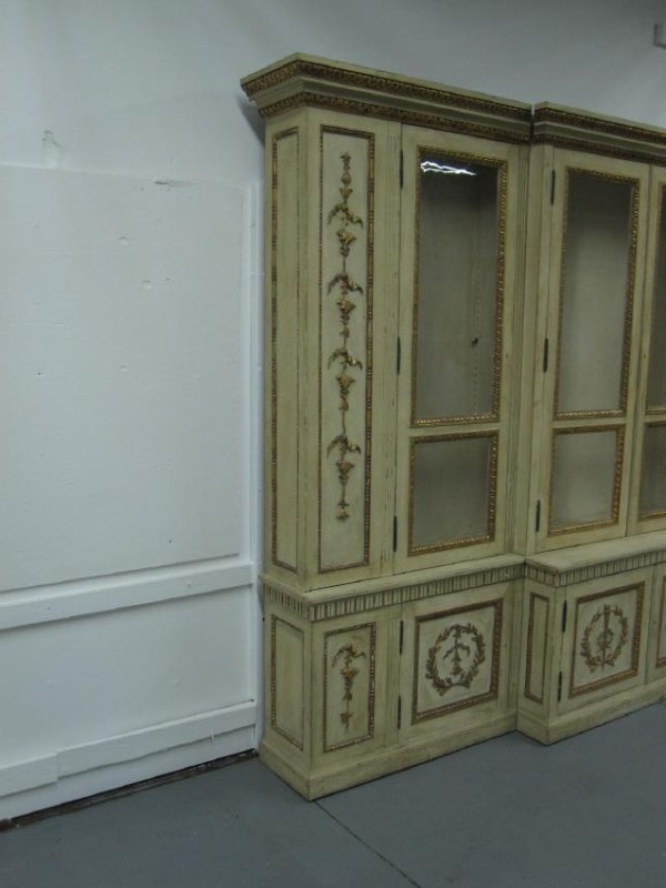NEOCLASSICAL STYLE BREAKFRONT CABINET - 3
