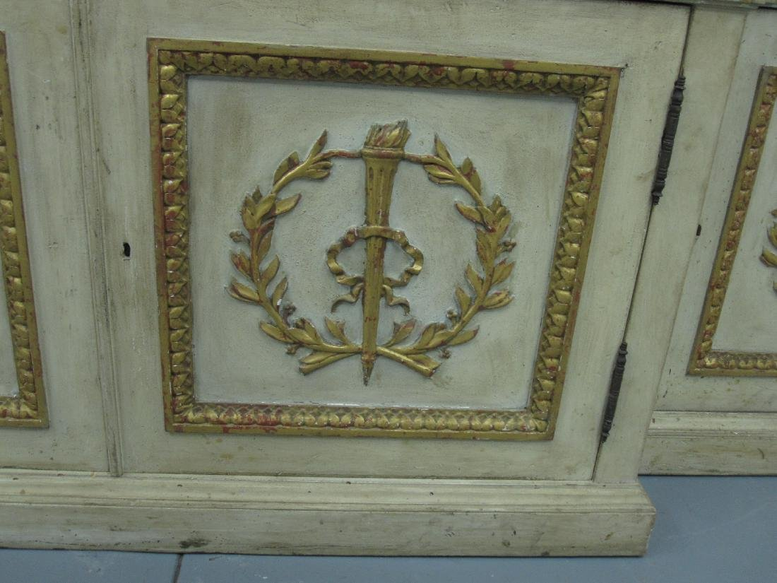 NEOCLASSICAL STYLE BREAKFRONT CABINET - 4