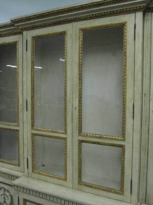 NEOCLASSICAL STYLE BREAKFRONT CABINET - 5