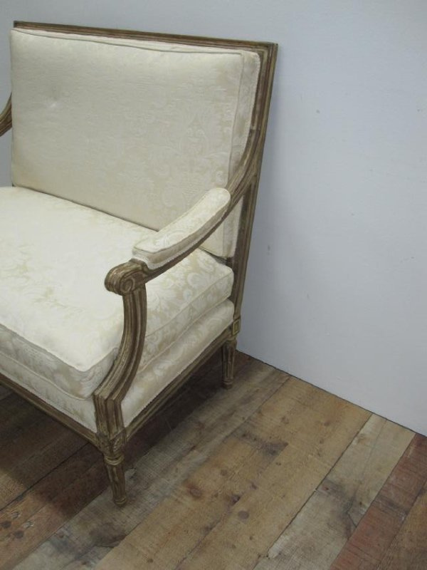 LOUIS XVI STYLE UPHOLSTERED SETTEE - 3