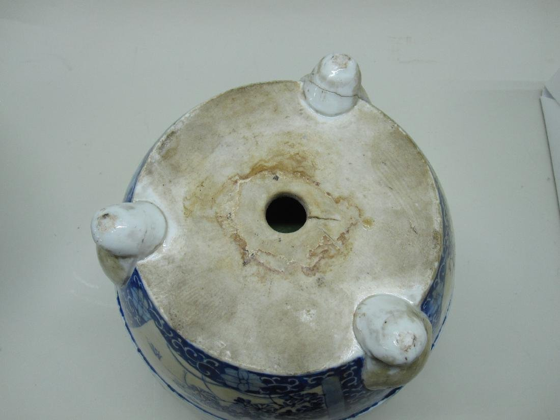 TWO ORIENTAL STYLE CACHE POTS - 5