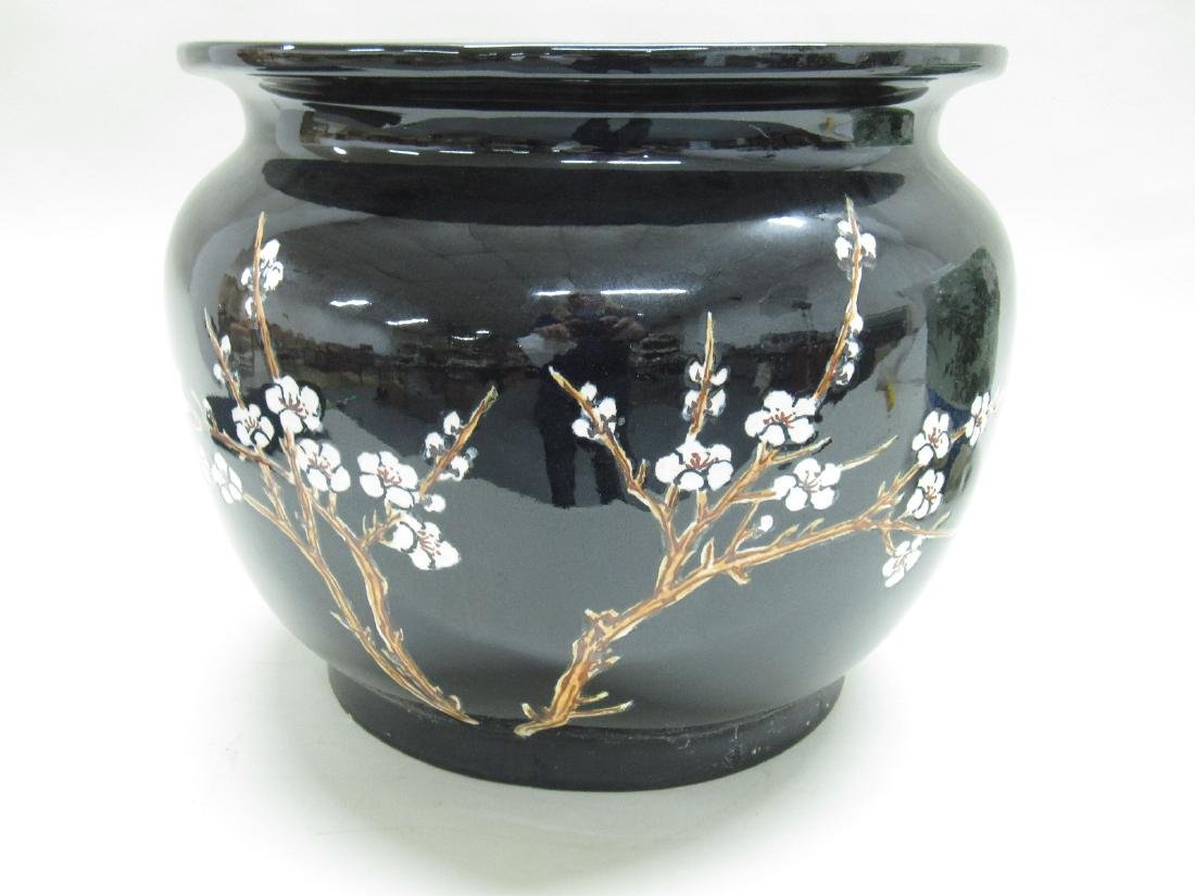 TWO ORIENTAL STYLE CACHE POTS - 6