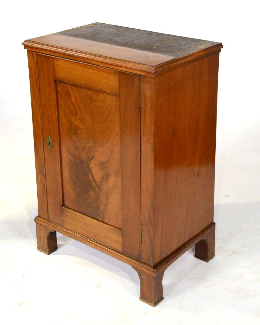 George III Mahogany Bookcase Cabinet - 9
