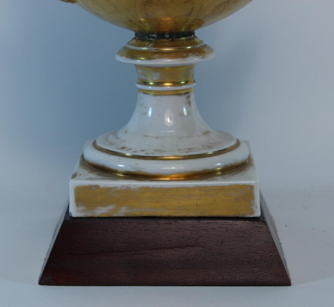 Parcel-Gilt Paris Porcelain Double-Handled Urn - 3