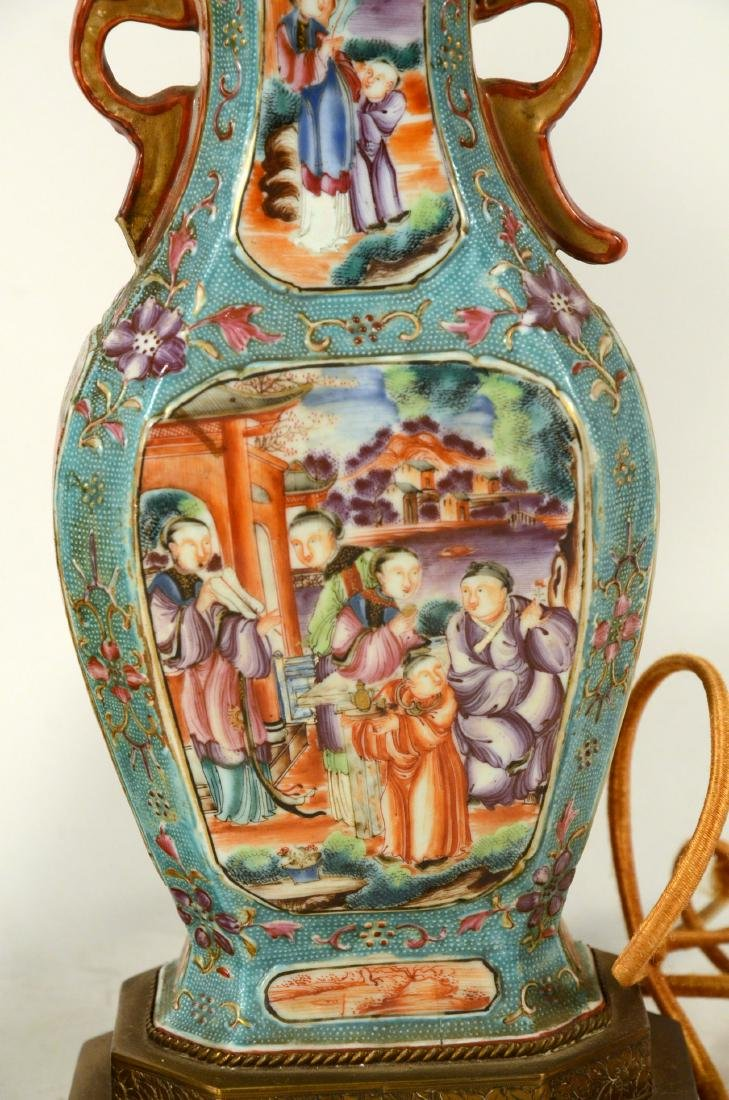 Pair of Chinese Porcelain Covered Jars - 6