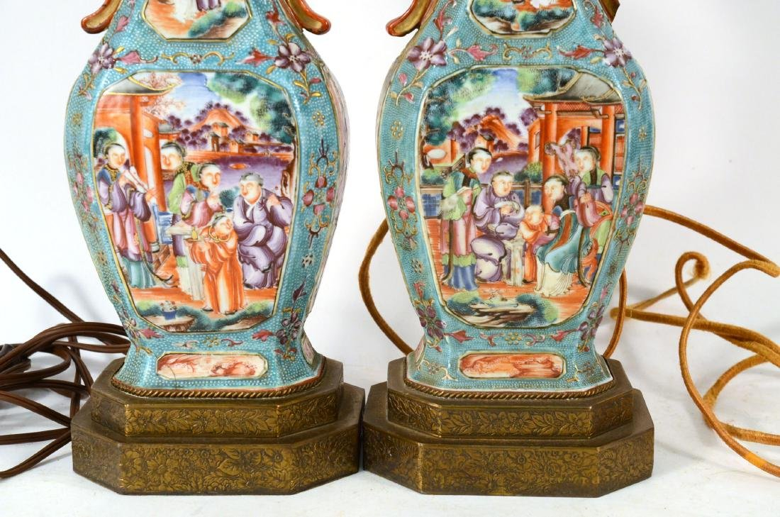 Pair of Chinese Porcelain Covered Jars - 8