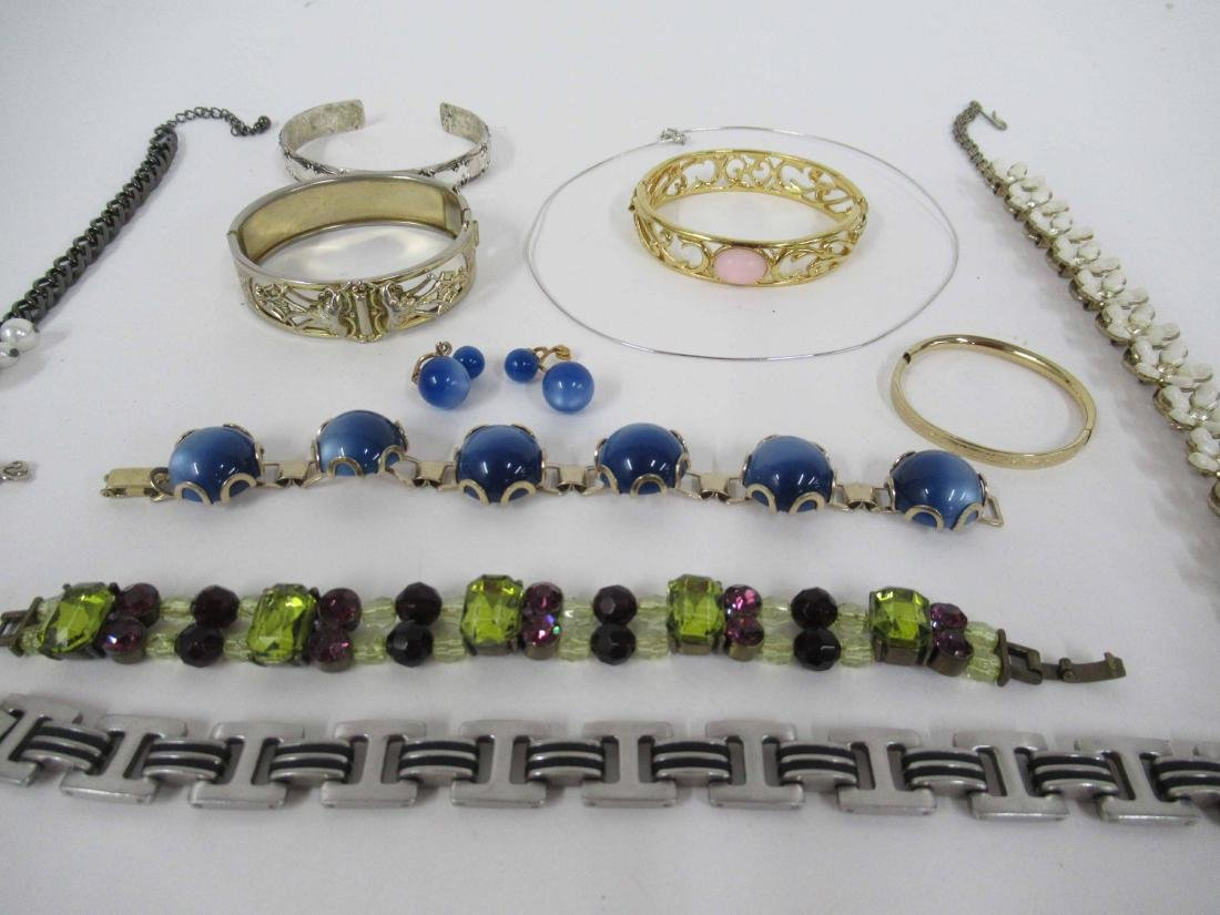 Group of assorted costume jewelry - 5