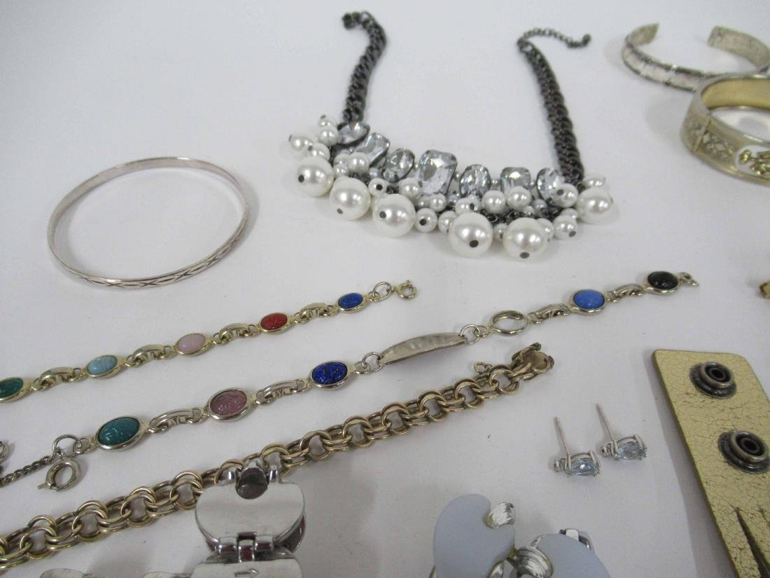 Group of assorted costume jewelry - 8