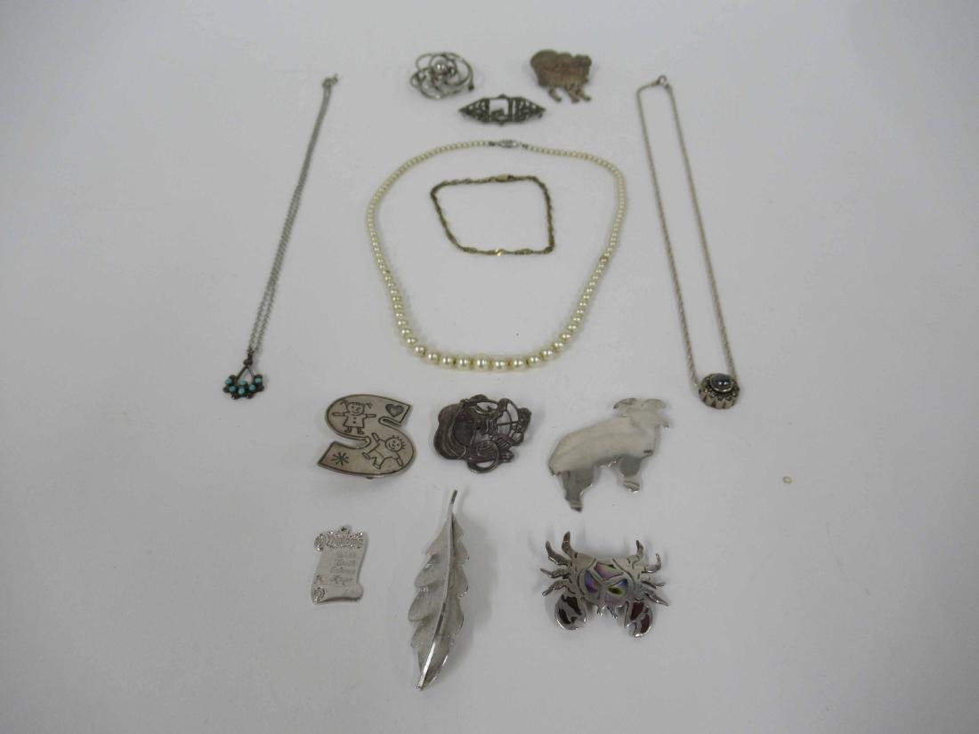 Group of assorted ladies silver costume jewelry