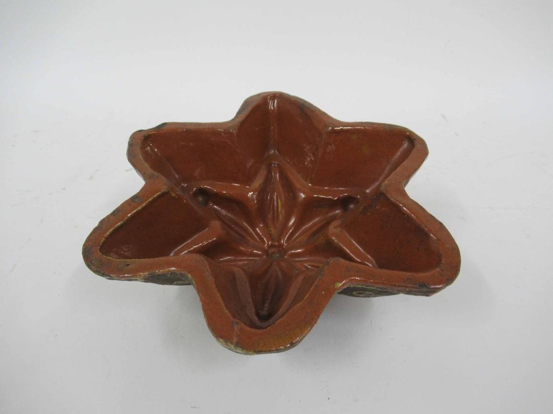 Eartenware cake mold - 2