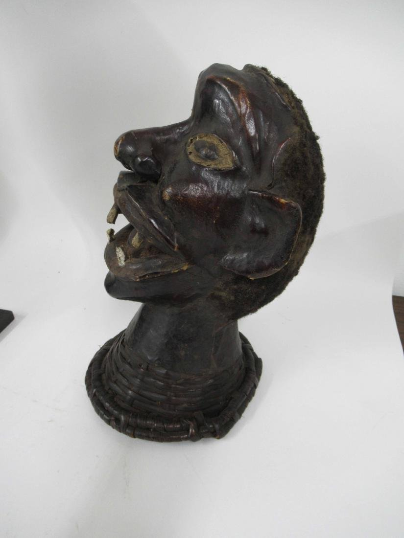 Carved wooden African bust - 2