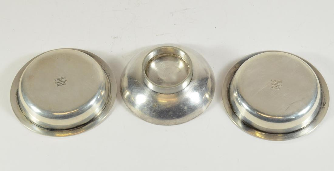 Pair of Small Silver Articles - 4