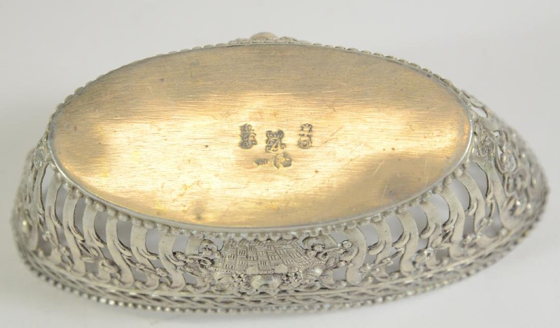 Pair of Continental Silver Oval Baskets - 3
