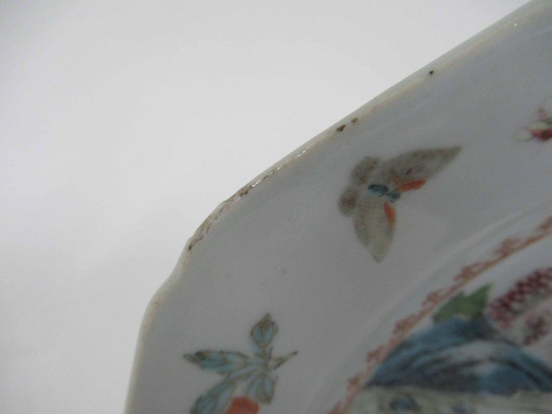 Two Chinese Porcelain Octagonal Plates - 3