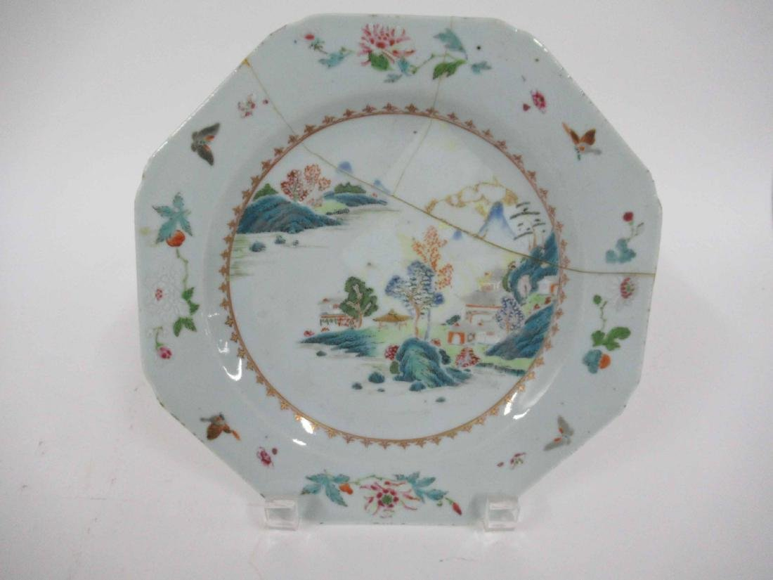 Two Chinese Porcelain Octagonal Plates - 5