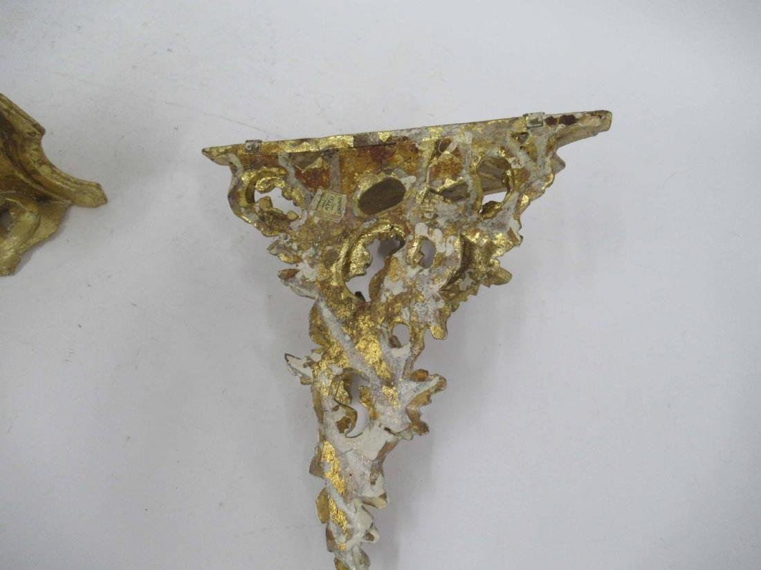 Pair of Italian Giltwood Wall Brackets - 4