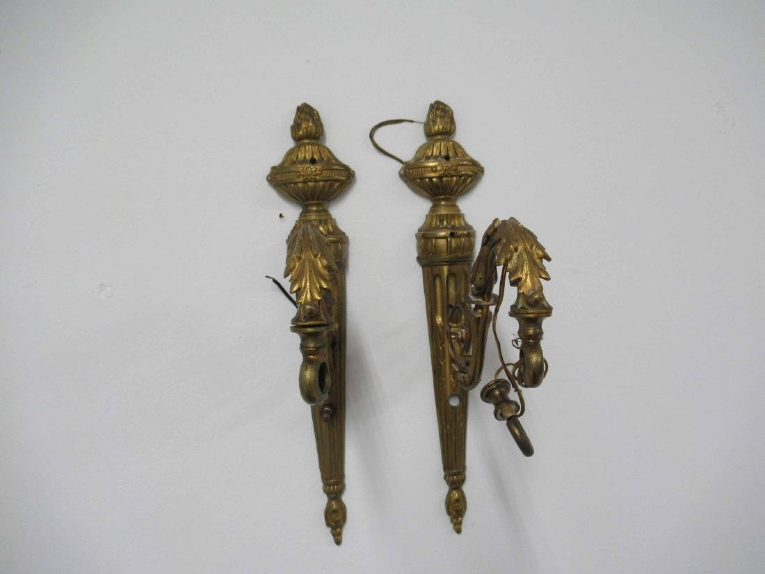 Pair of Neoclassical style Bronze Wall Sconces - 5