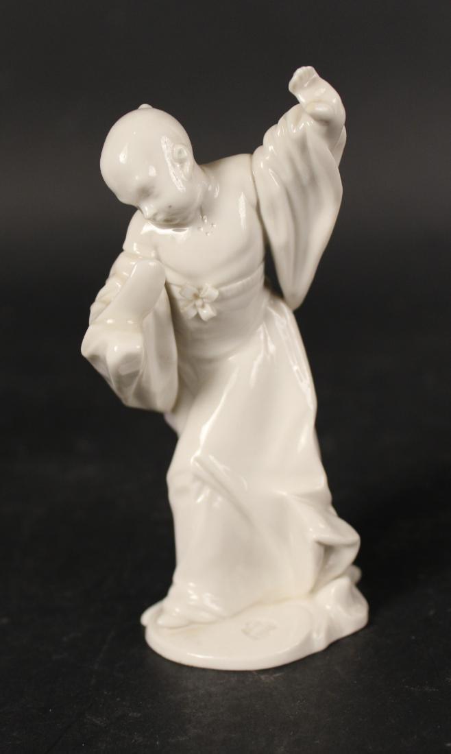 Four Blanc de Chine Porcelain Figures - 4