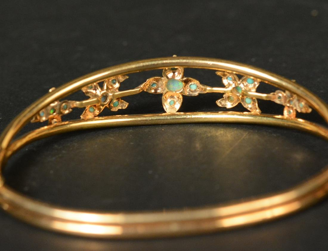 Unmarked Yellow Gold Hinged Bangle - 4