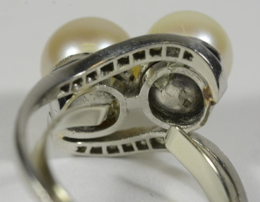 Platinum Pearl and Diamond Ring - 3