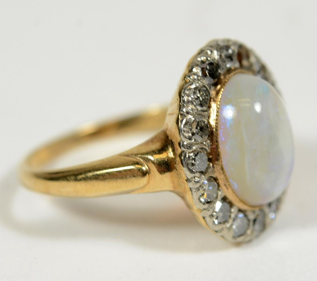 Yellow Gold & Opal Ring