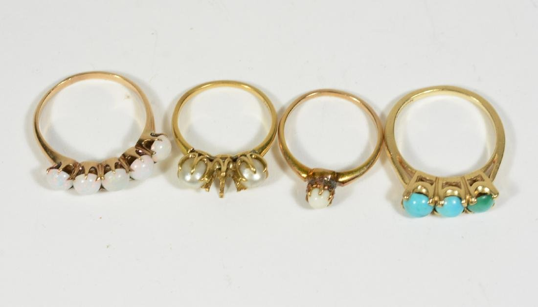 Four Yellow Gold Rings - 2