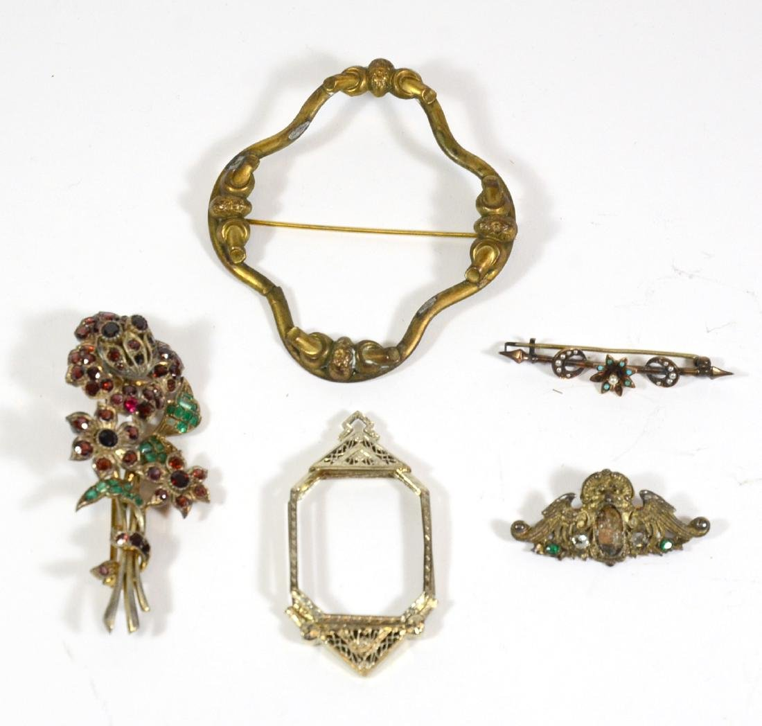 Two Silver and Jade Brooches - 4
