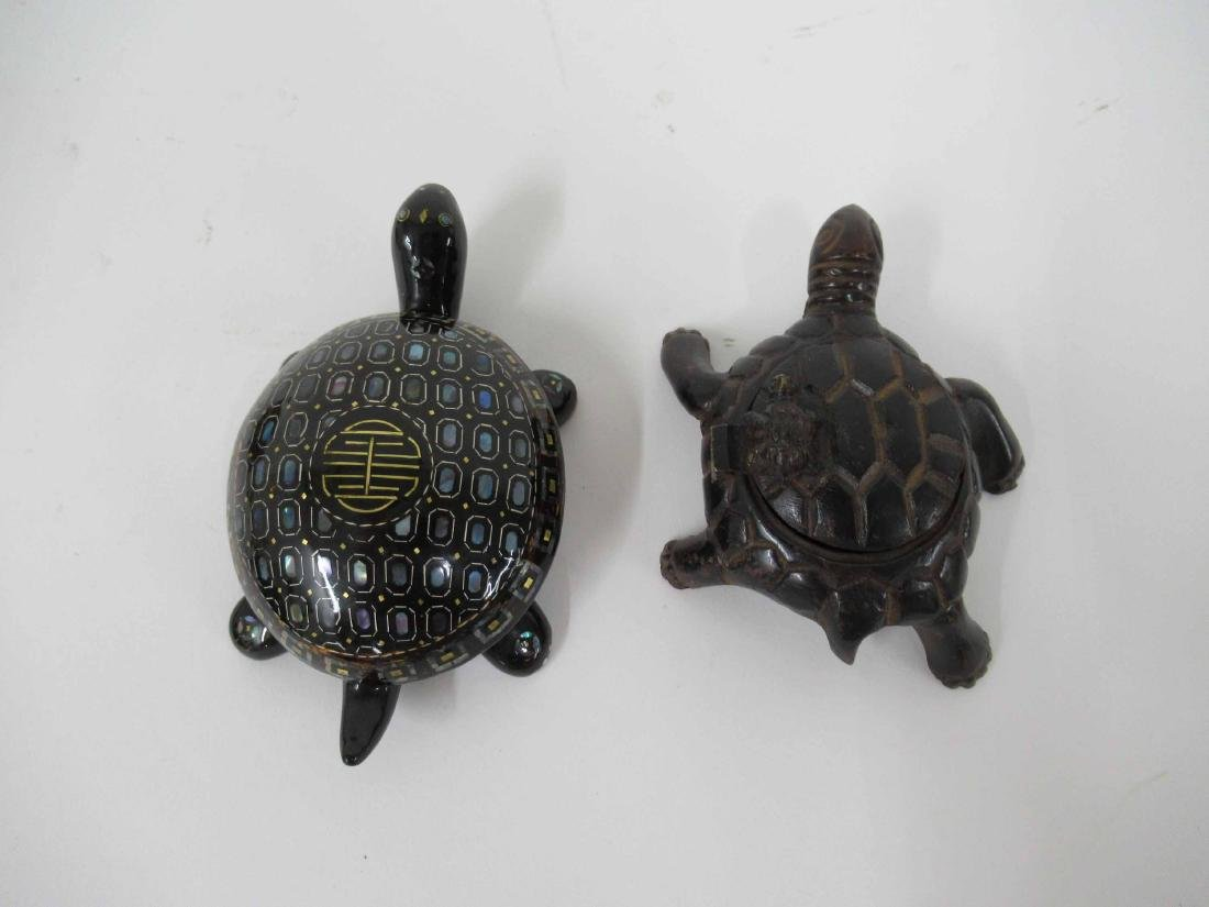 Black and Guild Lacquered Turtle Box - 10
