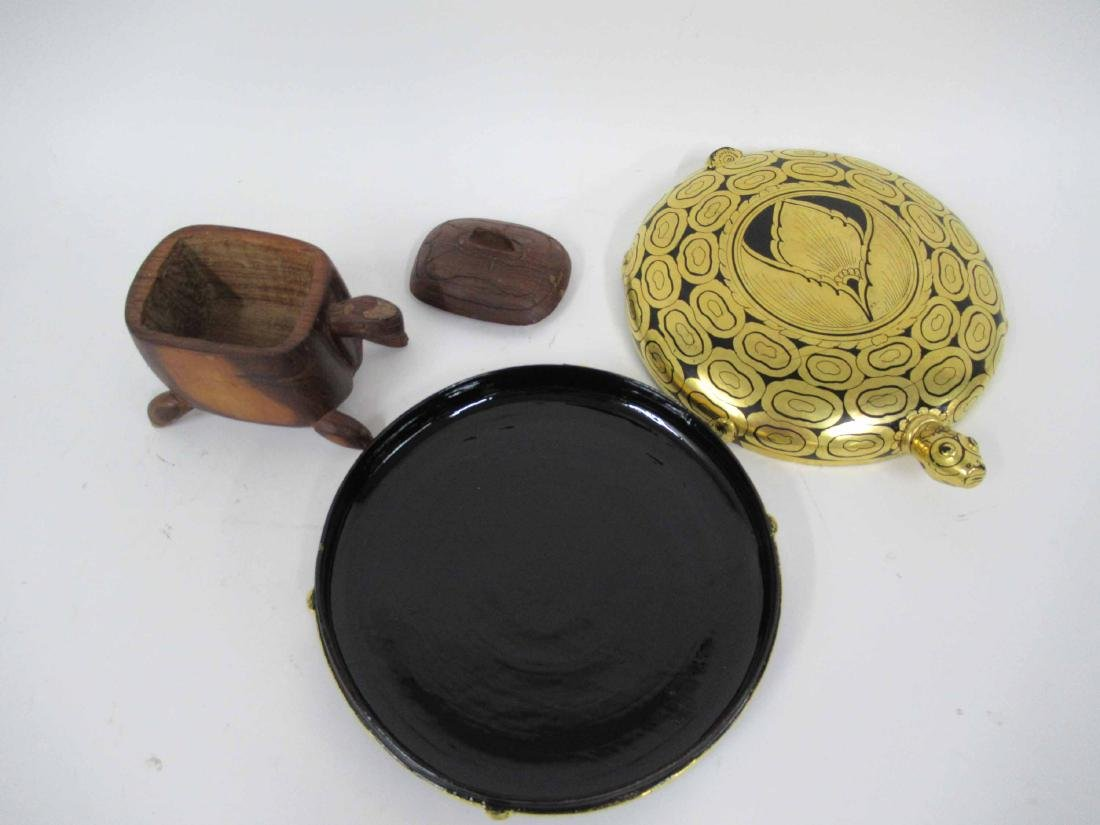 Black and Guild Lacquered Turtle Box - 3