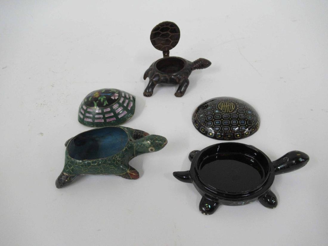 Black and Guild Lacquered Turtle Box - 7