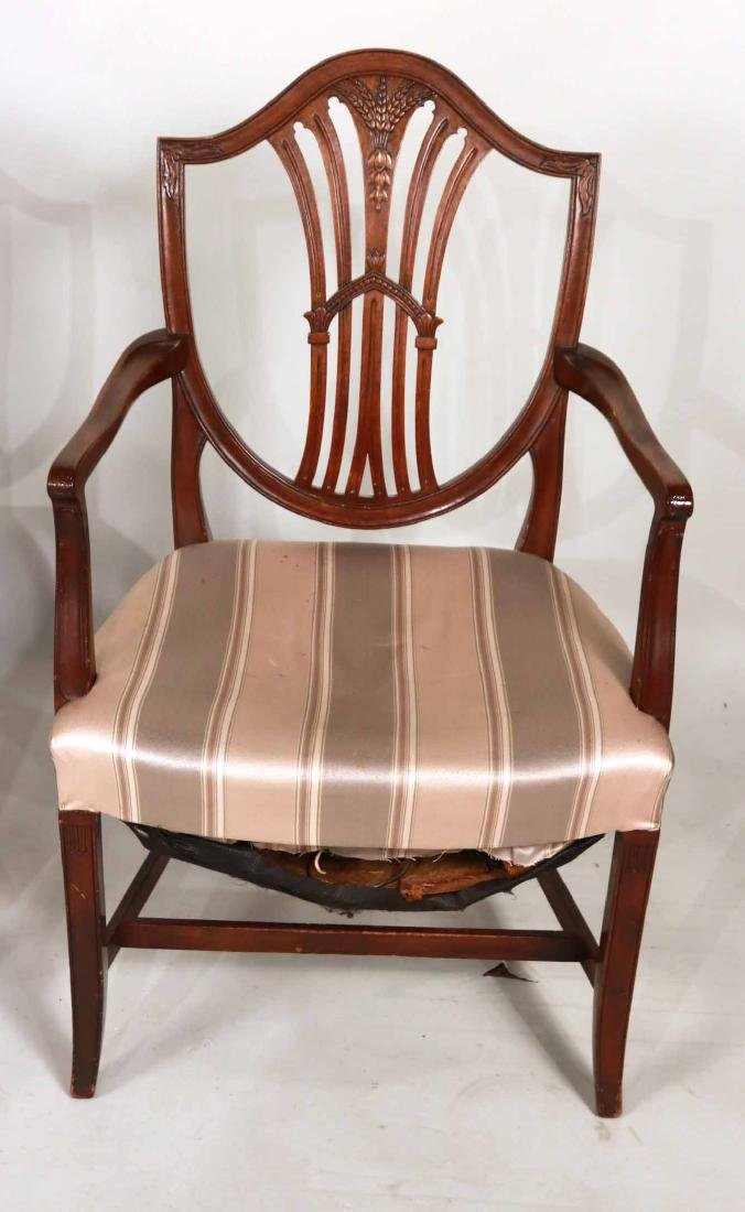 Six Federal Style Mahogany Dining Chairs - 7