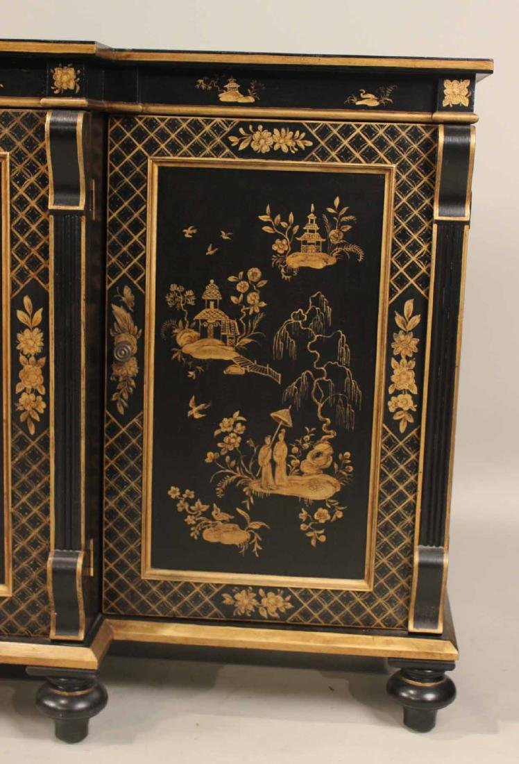 Chinoiserie-Decorated Breakfront Low Chest - 2