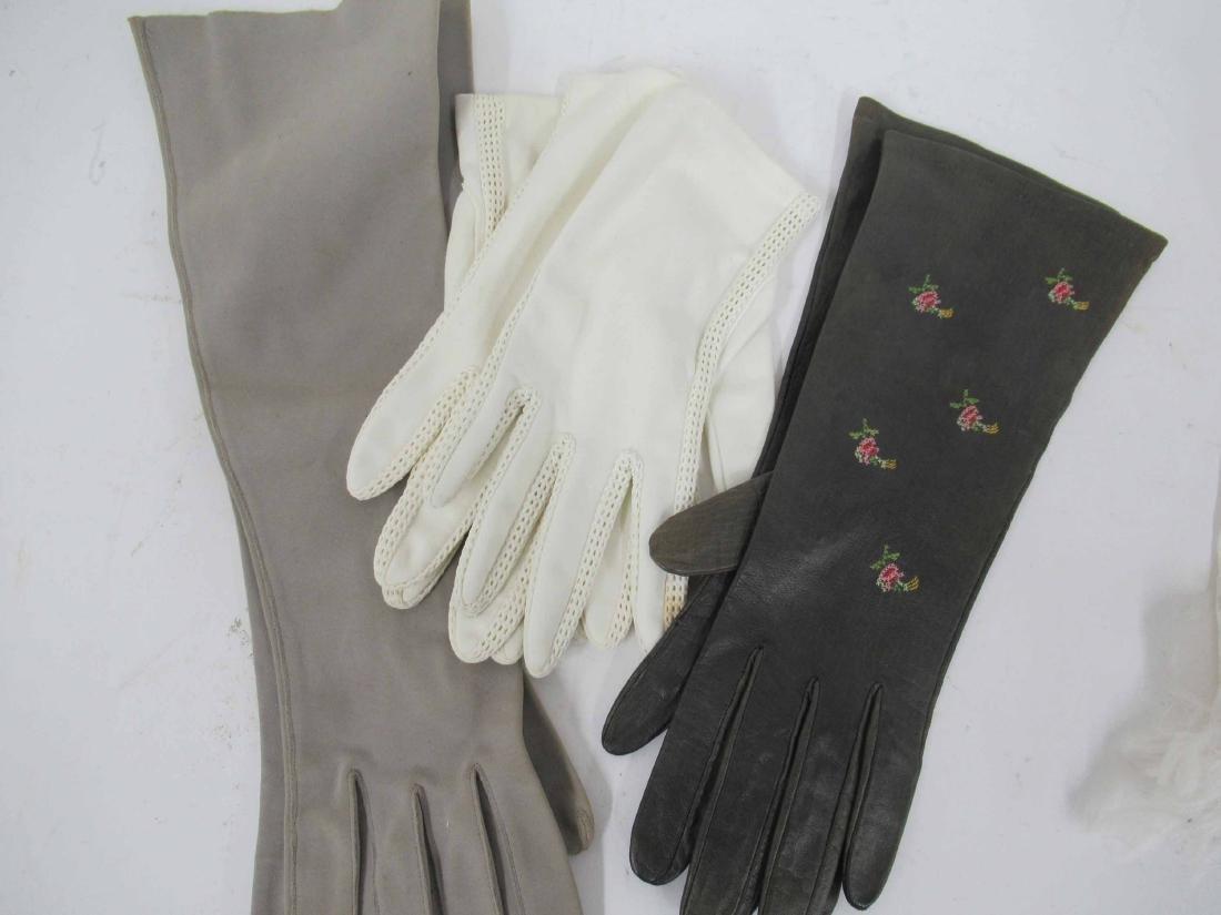 Three Pairs of Vintage Ladies Gloves - 2