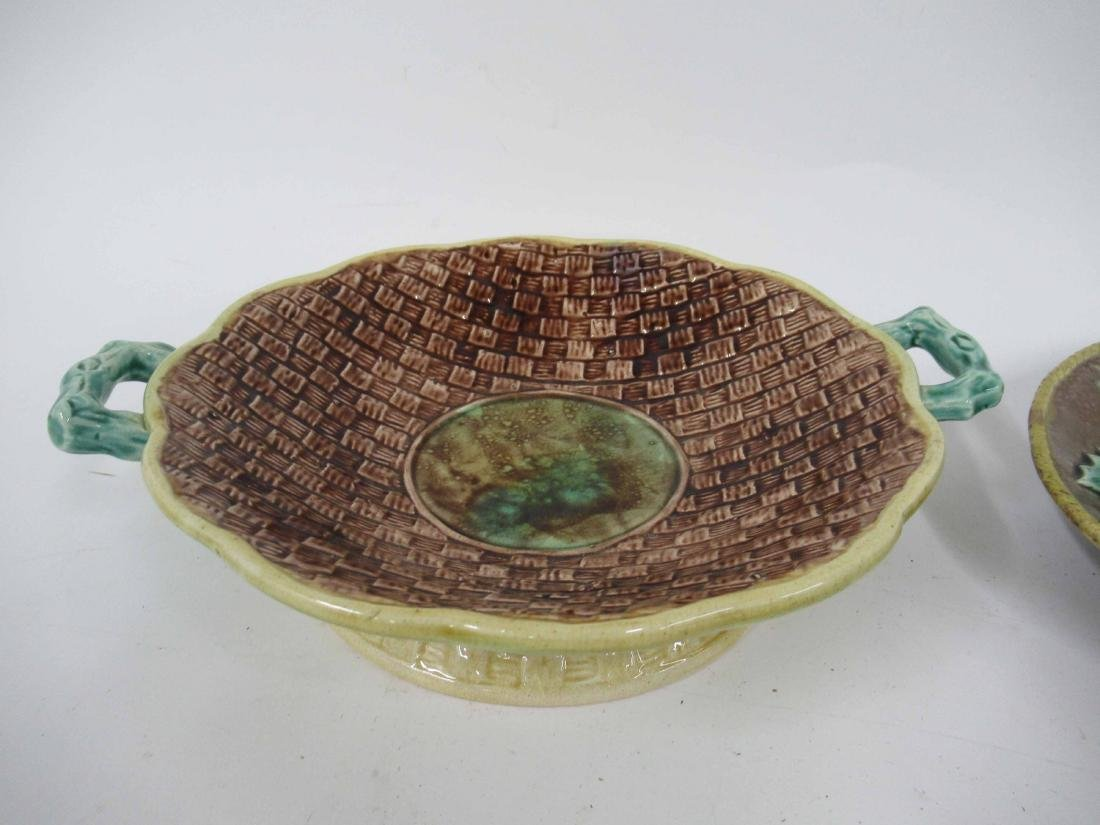 Majolica Bird and Holly Plate - 2