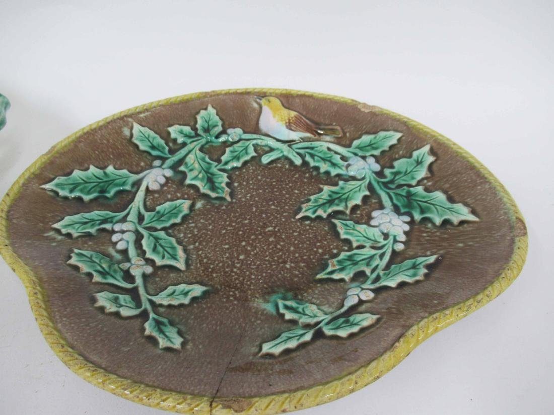 Majolica Bird and Holly Plate - 3