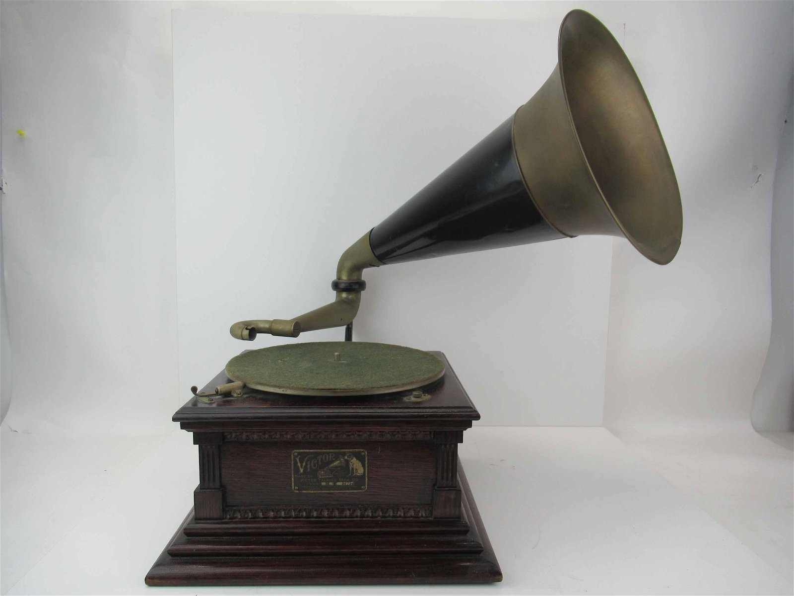 Vintage Victor Talking Machine Model M #38719
