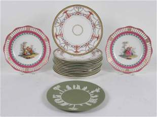 Twelve Tiffany & Co Royal Worcester Dinner Plates