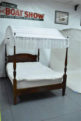 Hepplewhite Style Mahogany Carved Canopy Bed
