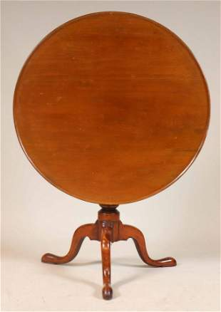 Queen Anne Mahogany Tilt-Top Tea Table