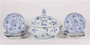 KPM Blue-and-White Decorated Porcelain Tureen