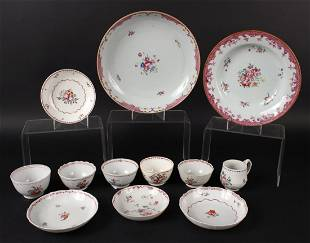 Group of Chinese Export Porcelain Articles
