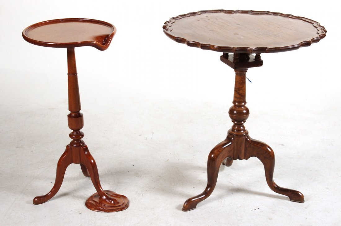 Queen Anne Style Mahogany Candlestand Sculpture