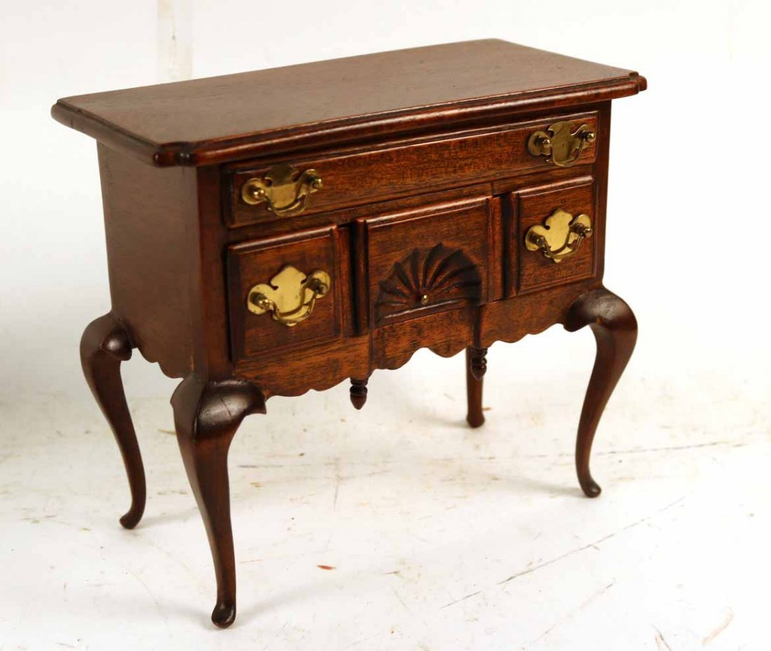 Four Diminutive Pieces of Furniture - 5