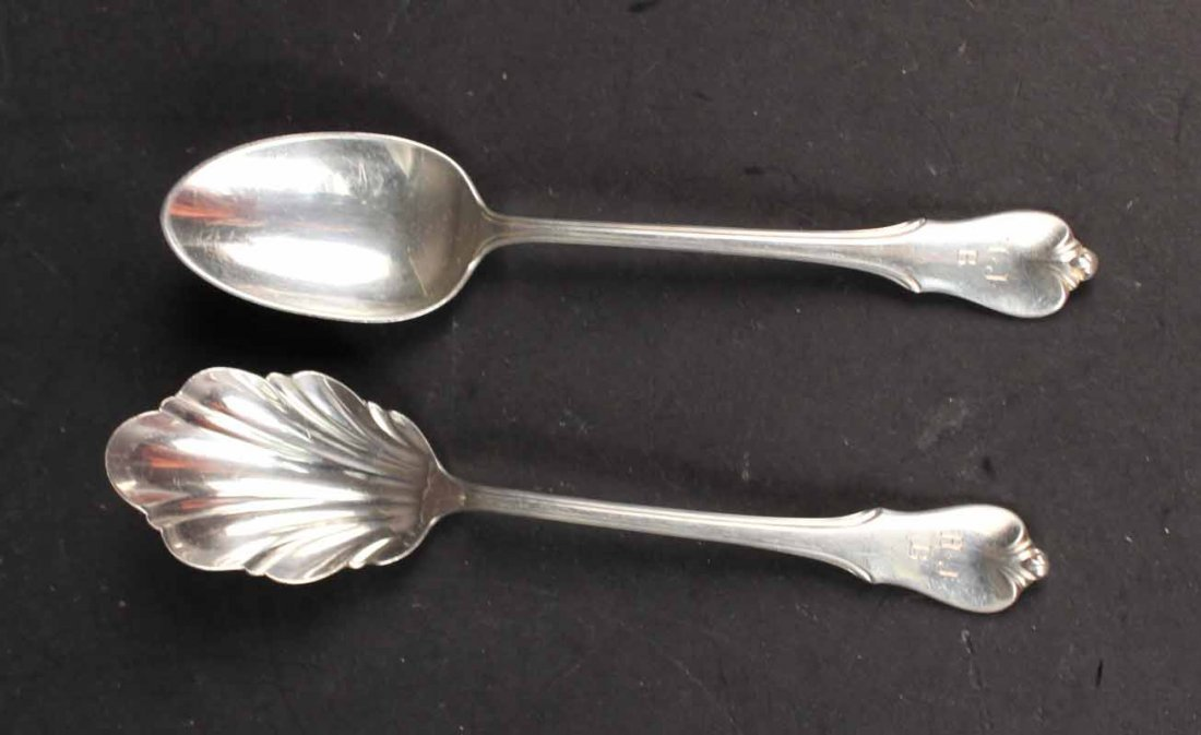 "Wallace ""Grand Colonial"" Sterling Silver Service - 7"