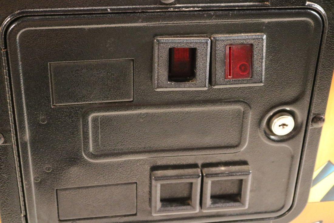 Indiana Jones Pinball Machine - 6