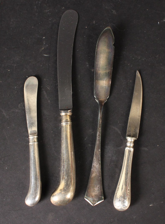 Twelve James Robinson Silver Handled Knives - 9
