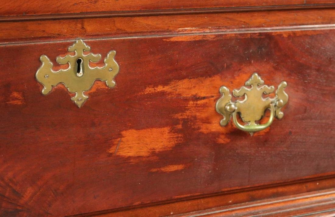 Queen Anne Carved Walnut High Chest of Drawers - 3