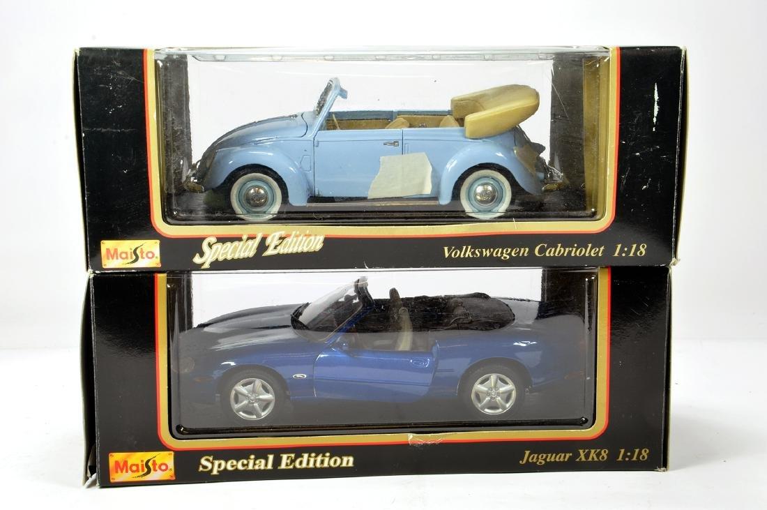 Maisto 1/18 VW Cabriolet plus Jaguar XK8. E in Boxes.